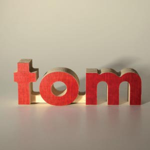3D signs can be made out of all the letters of the alphabet. The melamine film can be cleaned with a damp towel.